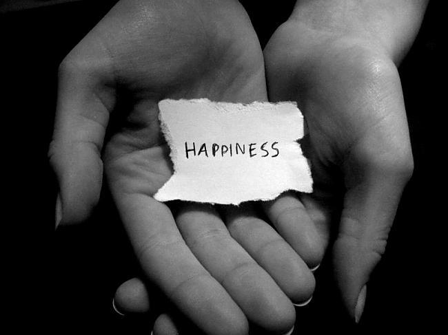 Jo vairāk laimes citiem dod ... Autors: mazaaph Vai Tu esi laimīgs? :)