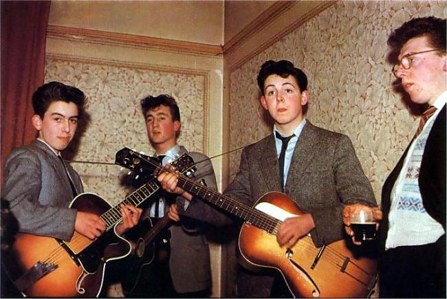 The Beatles in 1957 George... Autors: dzeimsons Slavenību Gigapaka