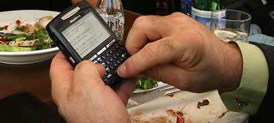 Apsestiba ar sms un epastu... Autors: Moonwalker Divainas atkaribas.