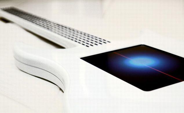 Autors: Fosilija Touchscreen elektriskā ģitāra