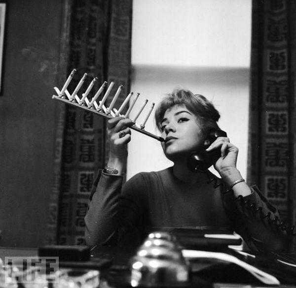 Cigarette Pack Holder 1955 Autors: augsina Dullie izgudrojumi