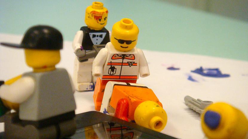 "Autors: Osīc Lego arī dara ""TO""!"