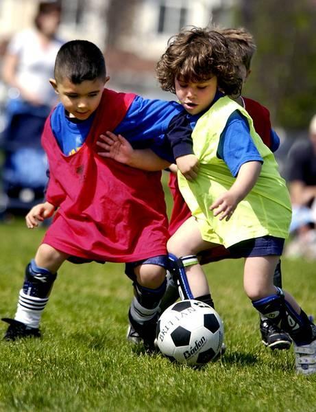 Šodien aizgāju uz dēla futbola... Autors: RainbowBunny FML Stāsti iz dzīves