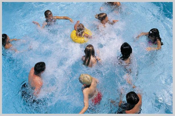 Šodien aizgāju peldēties... Autors: RainbowBunny FML Stāsti iz dzīves