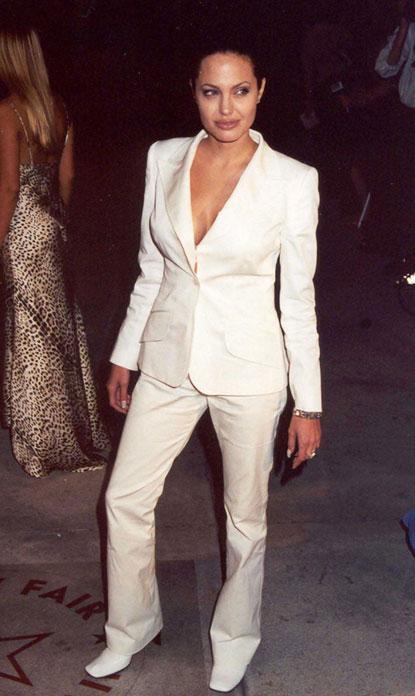 2001gadā Oskara balvu... Autors: UglyPrince Andželīnas Džoli stila evolūcija!