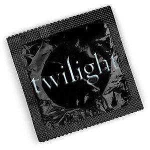 Twilight prezervatīvi I am... Autors: ainiss13 9 stulbākie Twilight produkti