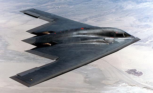 1 B2 Spirit 24 MILJARDI ASV... Autors: Fosilija 10 dārgākie militārie lidaparāti