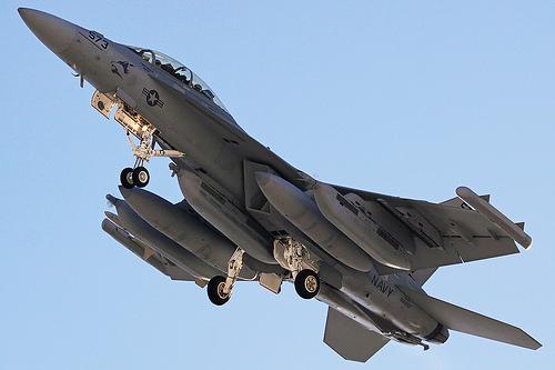 9 EA18G Growler 102 miljoni... Autors: Fosilija 10 dārgākie militārie lidaparāti