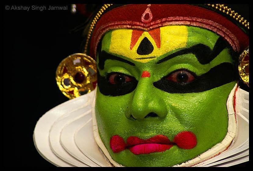Indiešu deju teātra Kathakali... Autors: filips811 Neparasti fakti 4. daļa - Māksla un izklaide