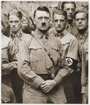 8VIETA Hitlera dienasgrāmatas... Autors: Jon Snow 10 lielākie viltojumi pasaules vēsturē!!!