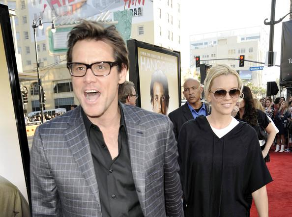 Jim Carrey un Jenny McCarthy Autors: princeSS /Kuras slavenības 2010 gadā izšķīrušās?/