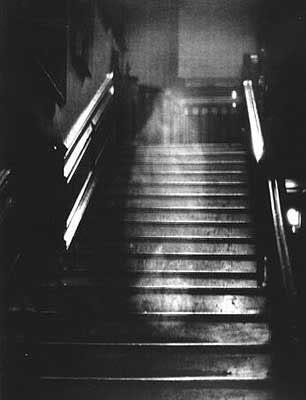 Spoki uz kāpnēmkādēļ ... Autors: Sportsmen Iepazīstamies-Spoki.