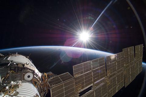 Kosmosā astronauti rada... Autors: Durrrr van der Kurrr Nedzirdēti fakti [8. daļa.]
