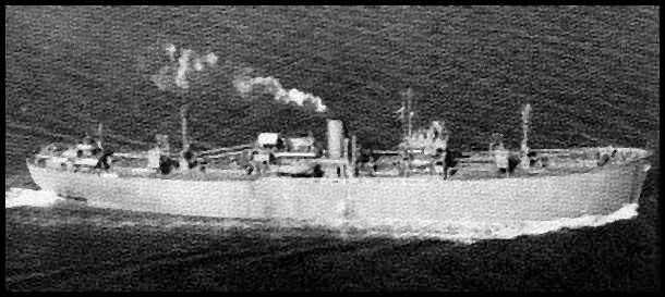 Kuģim veiksmīgi piestājot... Autors: mazza22 pilsēta liesmās! (1944.gads)
