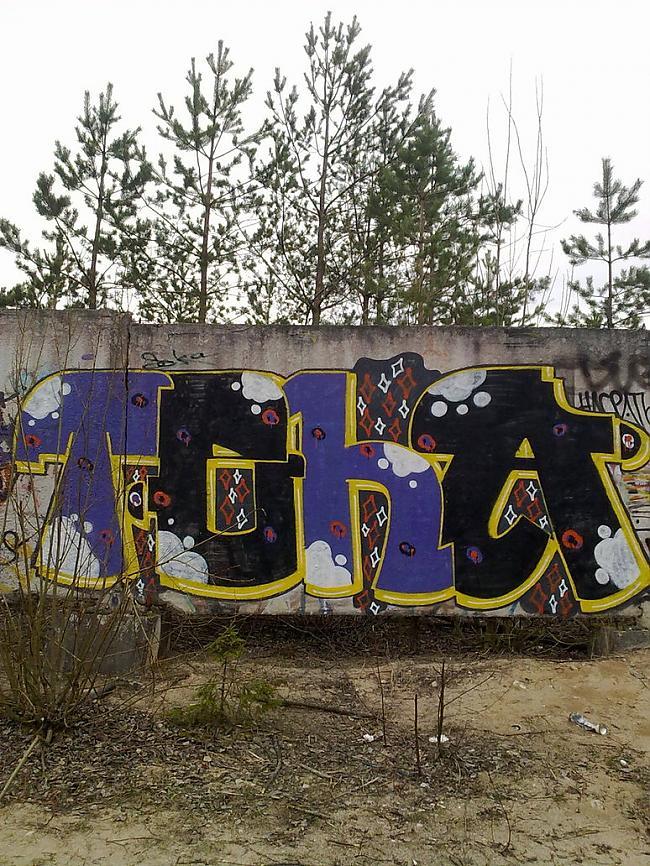 Teha  Neticēsiet  Meitene... Autors: Ruudiiz Rīgas Populārākie Graffiti Zīmētāji 2