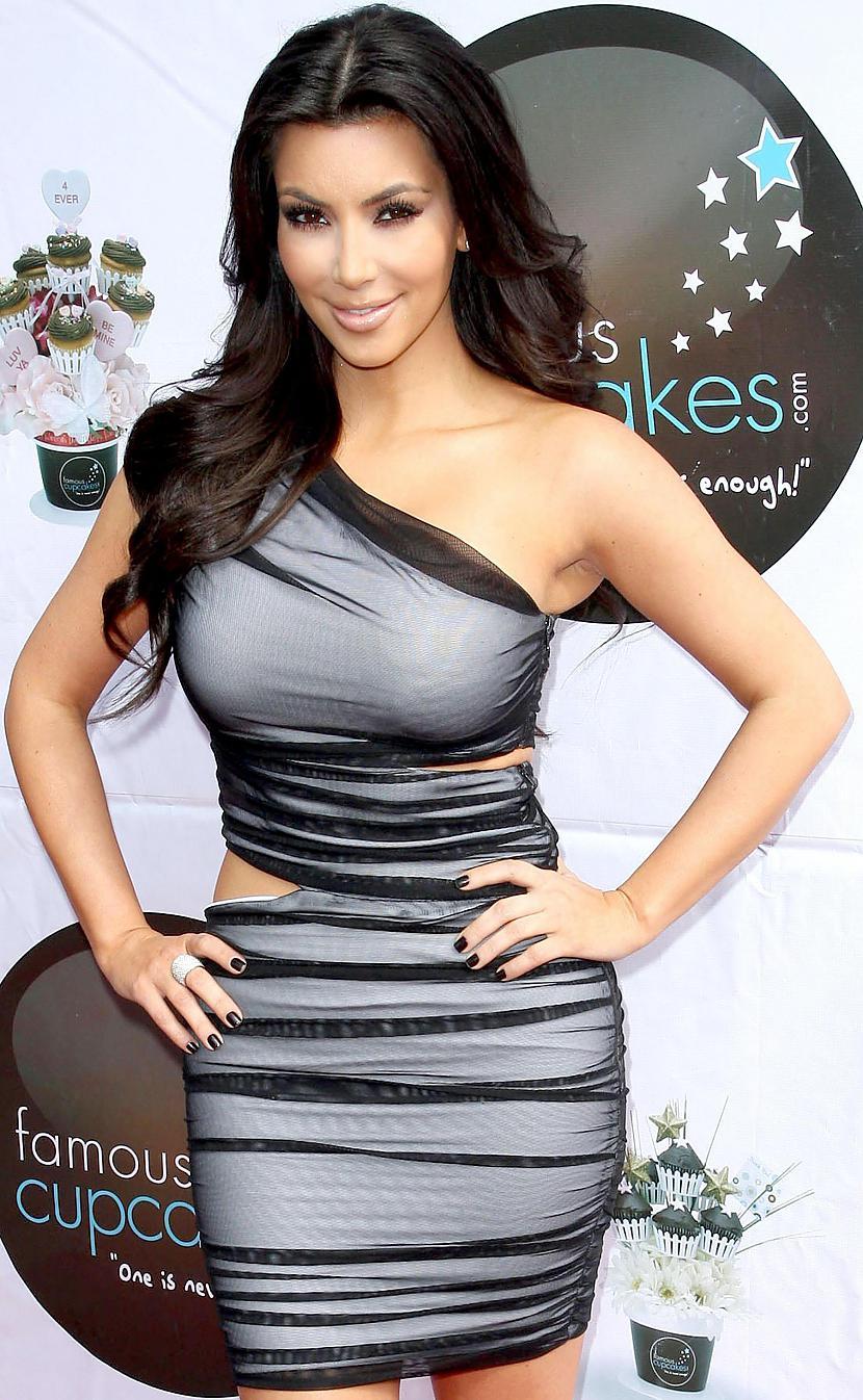 Viņa vēlas labāk dziedātKas... Autors: Karamelle123 Kim Kardashian