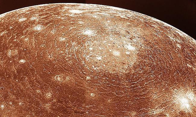 Valhallas krāteris uz Kallisto... Autors: Evaldss Voyager - 1