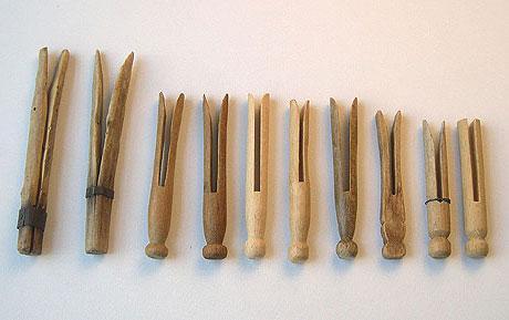 Pascaroni pirmie veļas knaģi... Autors: GargantijA Ģeniālais izgudrojums- knaģis.