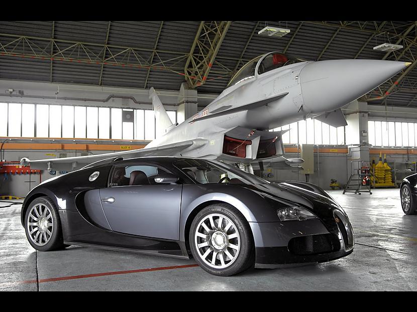 Autors: Fosilija Bugatti Veyron vs Euro Fighter