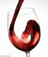 Sarkanvīns satur ķīmisko vielu... Autors: Aigars D 10 pārsteidzoši labvēlīgas lietas cilvēka veselībai
