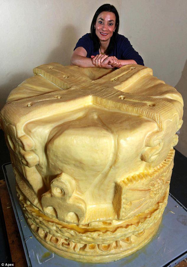 Pavāre grebjot šo kroni no 599... Autors: lapsiņa112 Pasaules Milzeņi..
