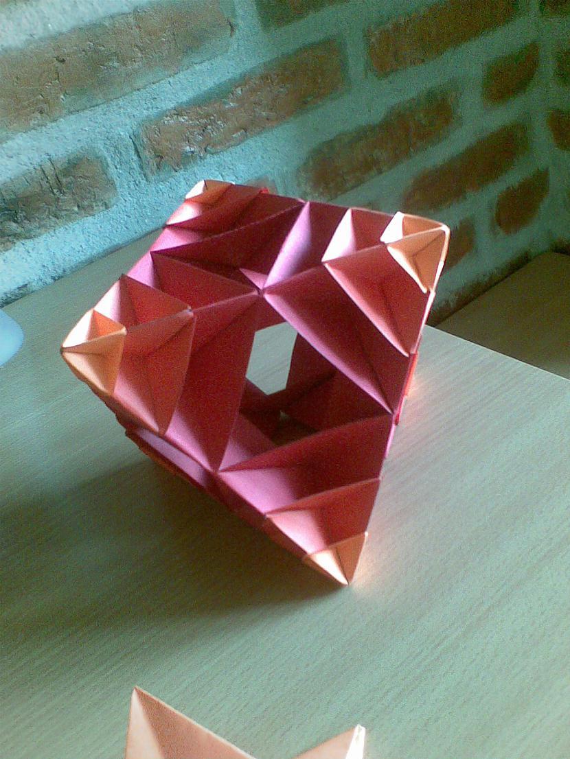 3 Origami ir iztēles pārbaude Autors: spanders Origami...