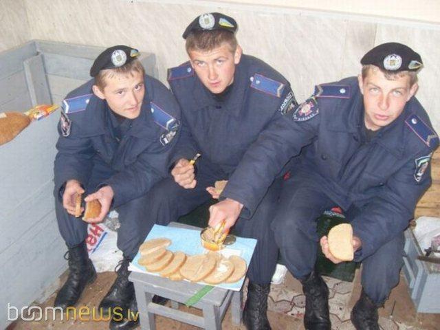 Autors: pofig Krievu policisti