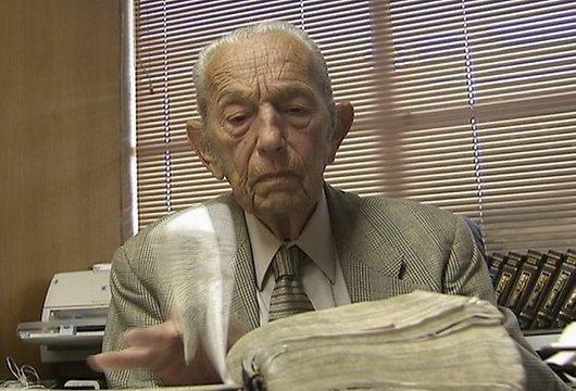 Šitais ir tas vecais vīrs kas... Autors: Ketrīna Pasaules gals pārcelts uz 21. oktobri