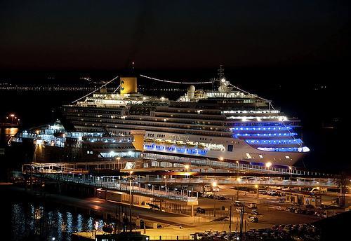 Kopumā kuģis Costa Pacifica... Autors: ghost07 Lielākais prāmis Rīgas vēsturē ieradīsies jau rīt