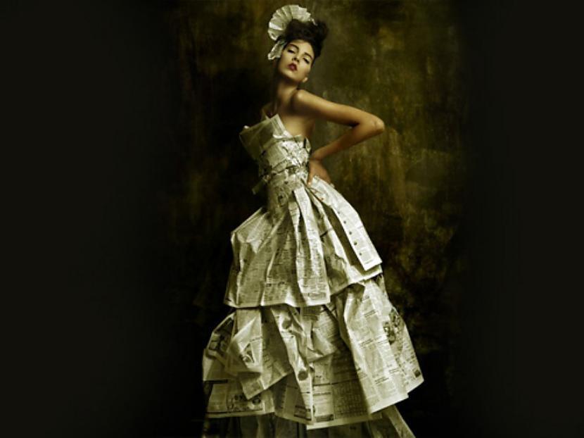 Autors: Siducitis Garbage Fashion aka High Fashion