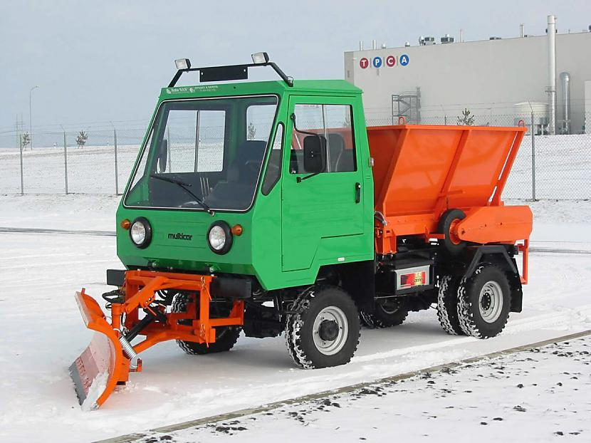 jaunais m25 ar sniega lāpstu... Autors: MonkeyS Multicar!