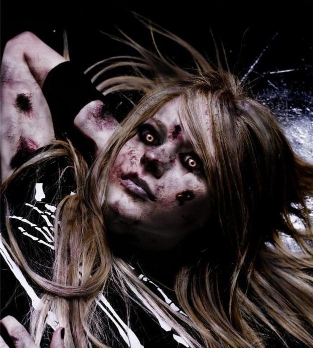 Autors: lakygirl zombiji