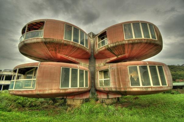 NLO ēka  Atrodas Sanjā Taivānā... Autors: battery Interesantākās ēkas pasaulē.