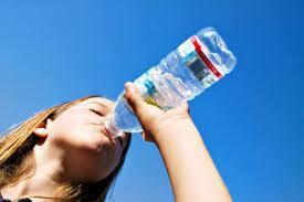 Dzer daudz ūdens Lai apturētu... Autors: whisper159 Kā arstēt Paģiras/ pohmeli :)