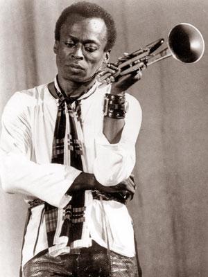 Miles Davis Piedzima... Autors: melōne 26.maijs.