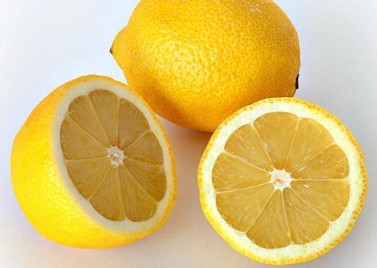 Kāpēc citronu sula tiek... Autors: waterstar Vai vari atbildēt?