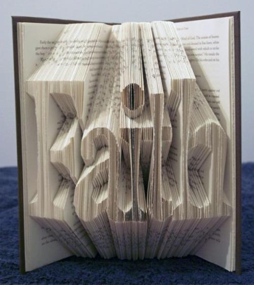 Autors: misanda māksla no grāmatas?