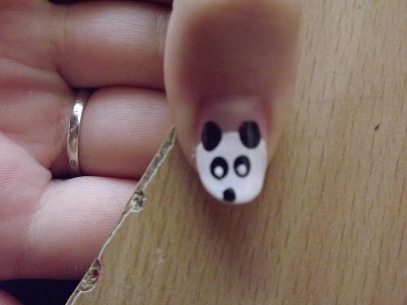 Tad ar kaut ko mazāku manā... Autors: Fields Pandiņas uz nagiem!