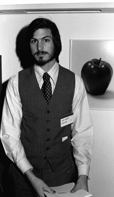 Džobsa prombūtnes laikā Apple... Autors: noisyone R.I.P Steve Jobs