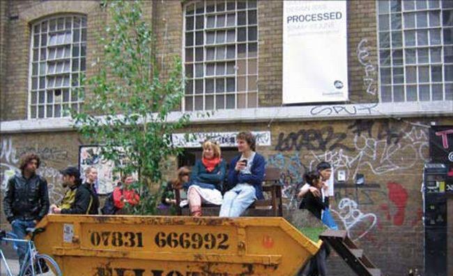 Mazu parku Autors: Nokia 3310 Ko var izdarīt ar atkritumu konteineru