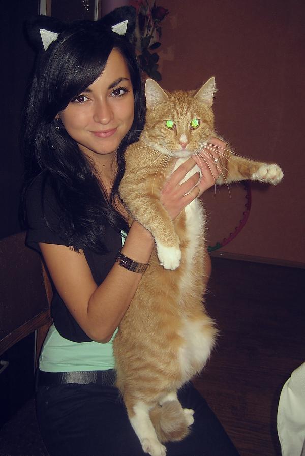 EvucēnsDievīgs kaķis un ne... Autors: ĻaunīC Spoku skaistules #3