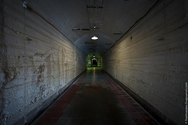 šī vieta tika slēgta... Autors: FastsKTFF Slepena Pazemes bāze no PSRS laikiem.