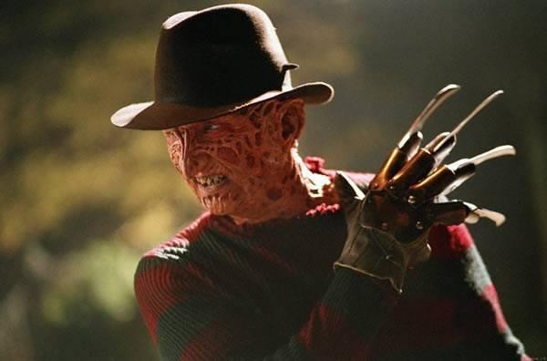 Robert Englund  Freddy Krueger Autors: Fosilija Aiz maskām.