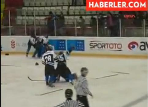 Screenshot Autors: OverDose Kautiņš Turcijas Hokeja Līgā.