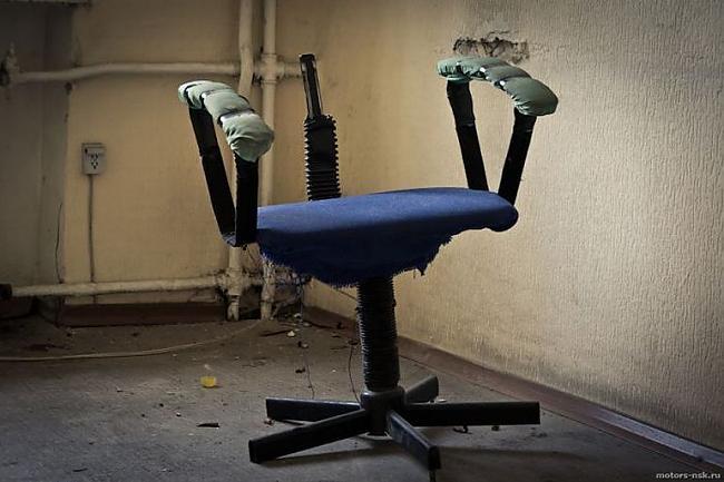 Autors: ORGAZMO pamestā  psihiatriskā slimnīca Abhāzija
