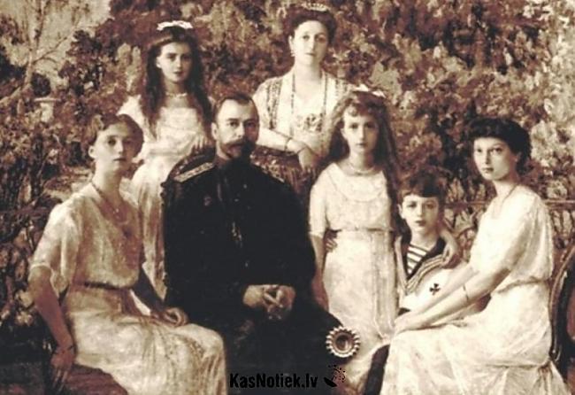 1918 gads Cara ģimenes... Autors: HollywoodHill Neatminētās mīklas