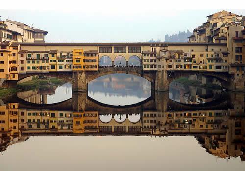 Šis tilts atrodas Itālijā... Autors: wildkuilisNEWS6 Pasaulē iespaidīgākie tilti