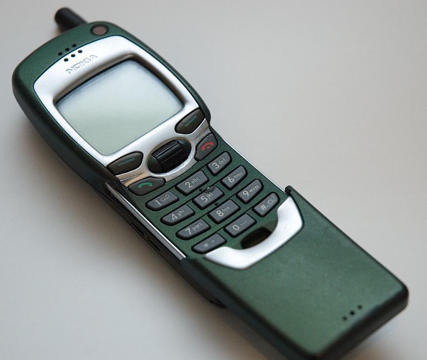 1999 gads  Nokia 7110 Pirmais... Autors: PlayampPause Nokia produkti, kas izmainija pasauli.