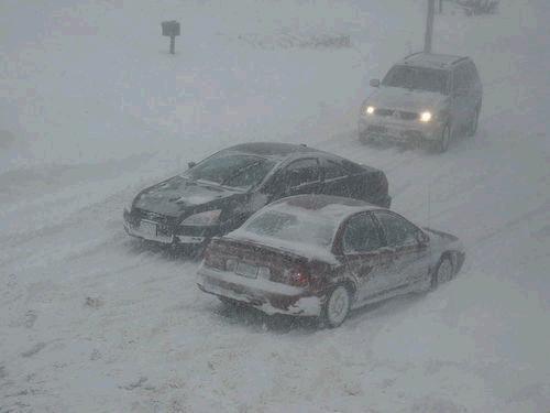 Ja jums ir auto iesaku to... Autors: ghost07 Latvijai tuvojas sniegavētra