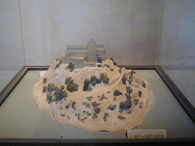 Sala ap 11  12 gs Autors: Fosilija Mont St. Michel